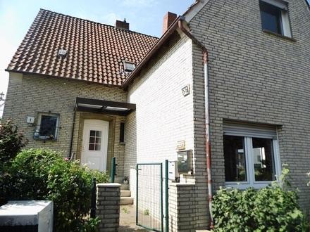 Ruhige OG Whg. im 2 Fam.-Haus in Bad Salzuflen OT