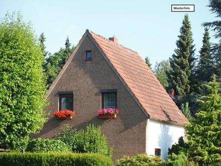 Zwangsversteigerung Einfamilienhaus in 74906 Bad Rappenau, Taschenacker