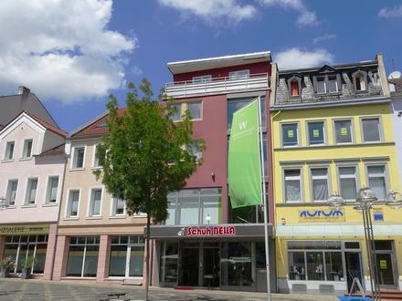Bürostandort mit Freizeitfaktor: Gewerbefläche in Bestlage mit Blick auf Obermarkt und Lutherplatz!