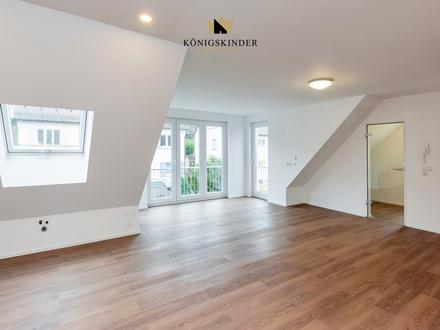 Hochwertig sanierte Dachgeschosswohnung mit Studio in schöner verkehrsberuhigter Aussichtslage