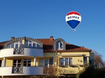 Traumhafte 100 qm große 3 Zimmer Wohnung mit 2 Balkonen.