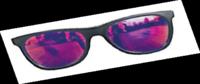 Auf der Suche nach dem passenden Eigenheim sollte der Käufer nicht nur durch die eigene rosarote Brille schauen