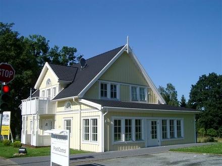 Schwedenhaus Zentral in Ritterhude - Bürogebäude als Wohnhaus nutzbar