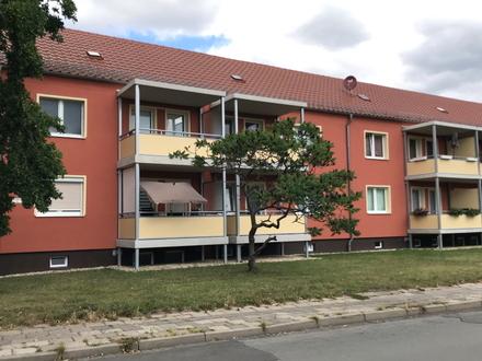 Bevorzugte Lage in Bitterfeld 3RaumErdgeschosswohnung mit Balkon ab August 2021 frei