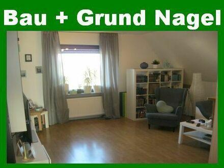 3,5-Zimmer-Etagenwohnung mit Balkon in idyllischer Stadtrandlage. Einbauküche möglich!