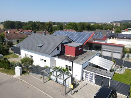 Vielseitiges Wohnhaus mit zusätzlichem Gewerbegrundstück in Aulendorf