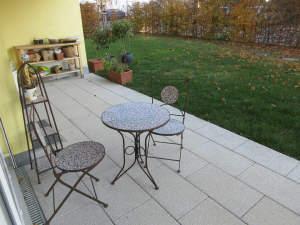 Top gepflegte Wohnung mit Süd-Terrasse und Gartenanteil