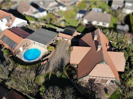 Exklusive Fachwerkvilla mit großer Wellness-Oase im Zentrum von Rastede