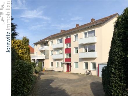 KEINE KÄUFERPROVISION: Dorfkern Schildesche - Mehrfamilienhaus mit 5 Wohneinheiten und 3 Ladenlokalen