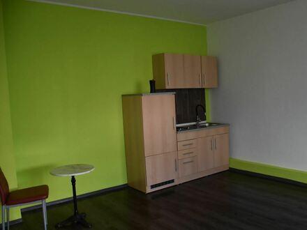 Nachmieter für Zimmer mit Singleküche in 2 Familienhaus