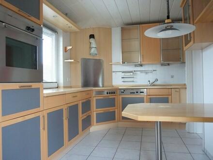 ARNOLD-IMMOBILIEN: Geräumige Maisonetten-Wohnung in ruhiger Lage