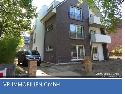 Modernes Wohnen in neu erbauter Stadtvilla