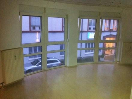 Frankenthal Mitte|gepflegte 1.5 ZKB im 1.OG,30m²,280€+100NK
