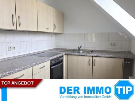 +++2-Zimmer-Dachgeschoss Wohnung mit EBK und Stellplatz in Chemnitz Altendorf mieten+++