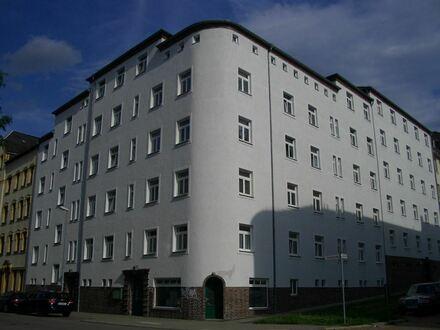 Schicke geräumige 2-Raum-Wohnung mit Balkon im Lutherviertel, WG geeignet