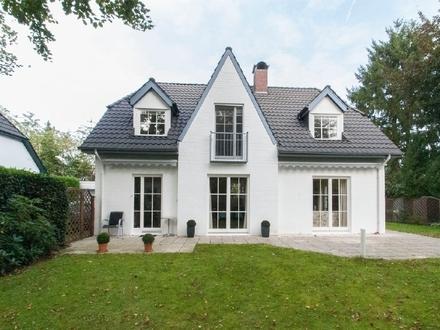 Hübsches Einfamilienhaus im Friesenstil in ruhiger Lage Oberneulands