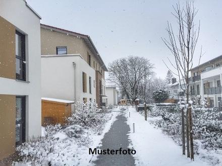 Zwangsversteigerung Haus, Neumühlener Straße in Ahnsen