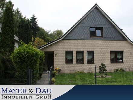 Bremerhaven: EFH mit Garten, Keller, Doppelgarage mit Büro, ruhige Sackgassenlage, Obj. 4433