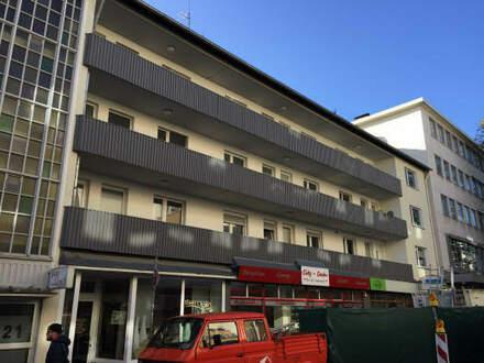 Ideale Kapitalanlage in der Innenstadt! Zentral gelegene 2 ZKB-Wohnung mit Balkon, am Rande der Bielefelder Fußgängerzone!