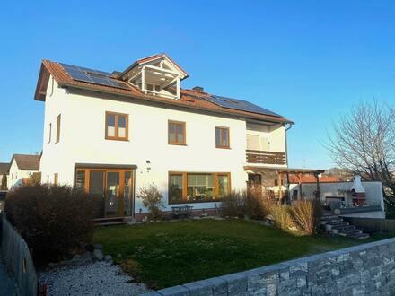Einfamilienhaus mit Einliegerwohnung in Gottfrieding