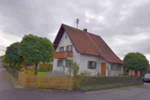 Einfamilienhaus mit teilbarem Grundstück