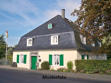 Zwangsversteigerung Haus, Zum Ehrenhain in Barsbüttel