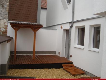 ** Neubau: 2 x 5 Zimmer-NEUBAU-Wohnung im Hausstil **