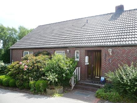 Einfamilienhaus mit Stallungen und 2 ha Weideland direkt am Haus