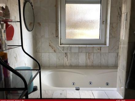 Rentable Kapitalanlage in Waldenbuch: Wohnung und Ladengeschäft
