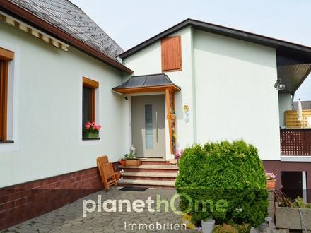 Einfamilienhaus in absoluter Grünruhelage mit Fernblick!