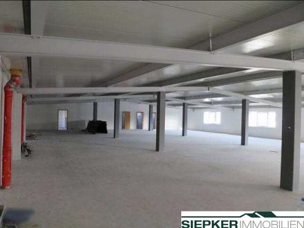Vielseitig nutzbare Lager und Produktionshalle mit modernen Büroflächen