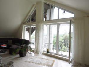Traumhafter Fernblick - ruhige Lage - Lichtdurchflutete Wohnung mit Loggia