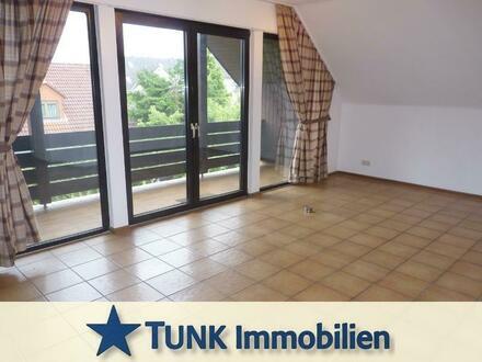 Gemütliche 2 Zimmer- Dachgeschoss-Wohnung mit Balkon in ruhiger Lage - in Alzenau!