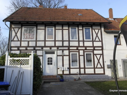 Gepflegtes Mehrfamilienwohnhaus mit 4 Wohnungen in Klein Flöthe - ab Oktober 2019 voll vermietet.