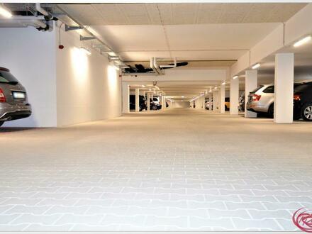 Großzügiger Tiefgaragenstellplatz ++Robert Decker Immobilien++