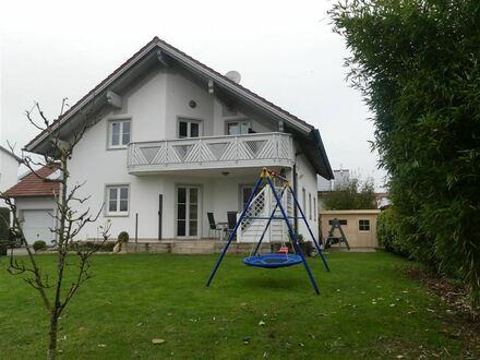 Wunderschönes, geräumiges Wohnhaus in ruhiger Randlage !