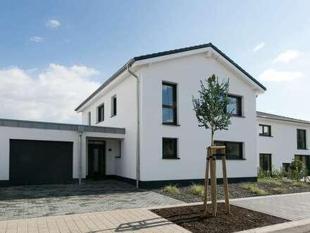 Bezugsfertiges modernes Einfamilienhaus mitten im Grünen inkl. hochwertiger Einbauküche