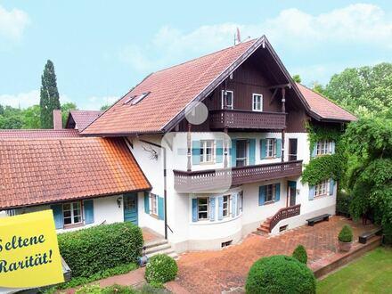 Elegantes Herrenhaus mit parkähnlichem Grundstück