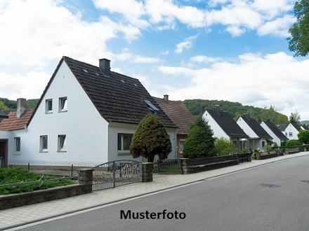 Zwangsversteigerung Haus, Bahnhofsweg in Kutenholz