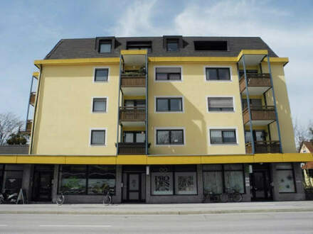 Helle 2-Zimmer-Wohnung mit Bergblick