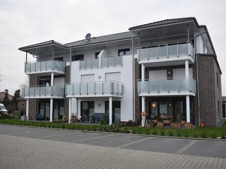 Objekt Nr: 00/650 exklusive Oberwohnung mit Balkon und Carport in der Hansestadt Friesoythe