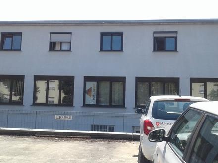 Büro und Werkstatt / Lager
