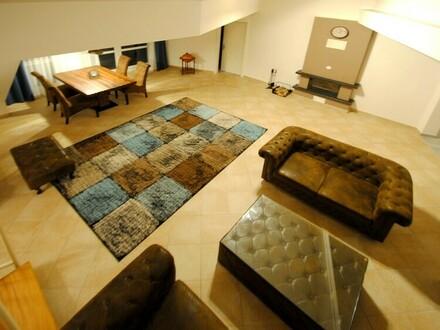 Möblierte 3,5-Zimmer-Galeriewohnung mit Skylineblick in Bad Soden!