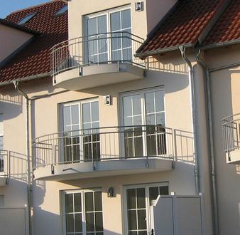 **Neuer Bau** Sonnige, exclusive Zwei- Zimmer Dachmaisonette-Wohnung, von privat Tel. 0175/5265626