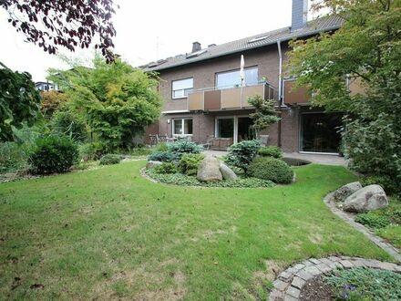 Haus im Haus! Großzügige Eigentumswohnung mit Gästeappartement im Egelmeer!
