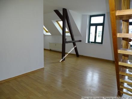 Schöne Dachgeschoßwohnung im Lutherviertel