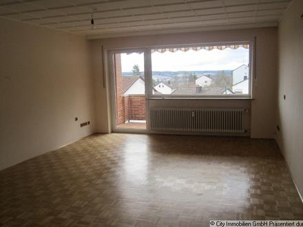 Sehr schöne, großzügige 3,5-Zimmer-Wohnung mit großem Südbalkon in Weiden-Fichtenbühl