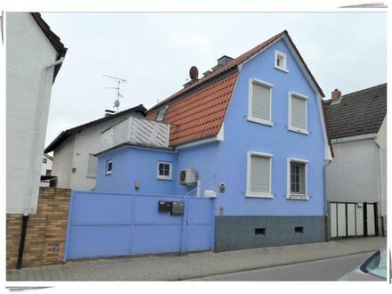 Trebur-Astheim: Kleines Einfamilienhaus mit Charme