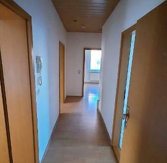 4 Zimmer-Wohnung mit Balkon in Elsteraue OT Tröglitz