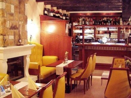 ImmobilienPunkt*** - Renomiertes Restaurant zu verpachten - auch als Laden geeignet!